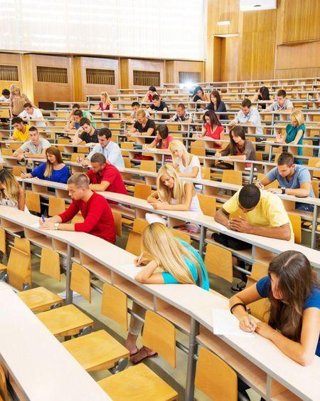 A l'université, un retour des étudiants au compte-gouttes
