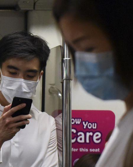 Le coronavirus pourrait voyager jusqu'à 4 mètres d'un malade