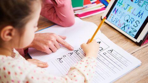 Conseils et astuces d'une enseignante pour gérer l'école à la maison
