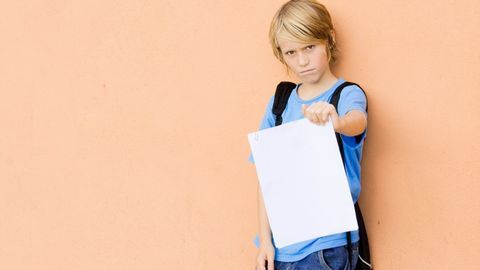 Son bulletin scolaire est mauvais : comment réagir ?