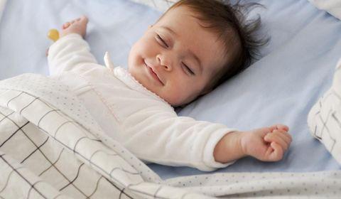 Les bébés apprennent en dormant