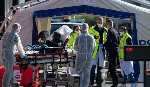 Coronavirus : la France dépasse les 3.000 décès à l'hôpital