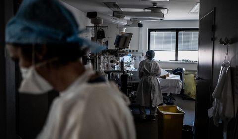 Covid-19 : plus de 1.900 patients en réanimation
