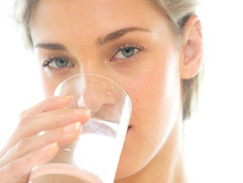 Le manque d'hydratation - Ces choses qui nous vieillissent