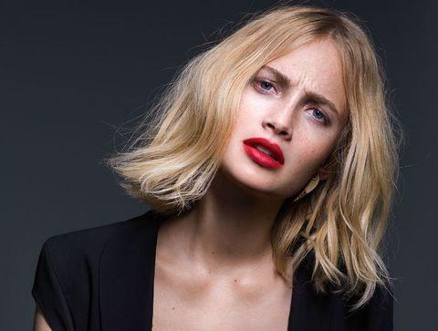 Coupe Courte Femme Claude Tarantino Pour L Oreal Professionnel Pe 2015 Les Plus Belles Coupes Courtes De 2021