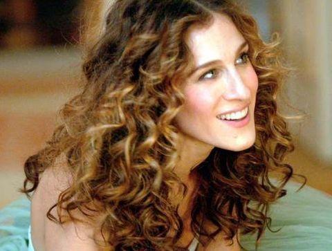 Les bouclettes de Sarah Jessica Parker - 15 coiffures iconiques de stars