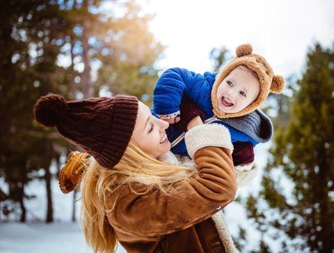A quel age emmener bébé au ski