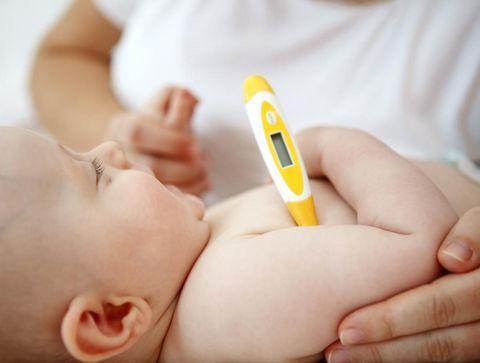 Quels médicaments en cas de fièvre chez l'enfant ?