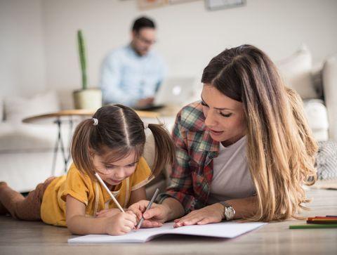 Astuce n°6 : Le tableau de motivation - Partage des tâches ménagères : 10 astuces pour motiver toute la famille