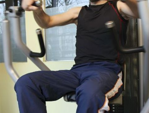 Exercice Pectoraux Developpes A La Machine Guidee 8 Exercices Pour Muscler Les Pectoraux
