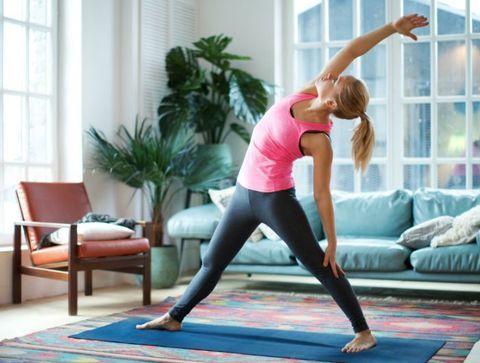L'étirement latéral - Stretching : 25 étirements pour débutants