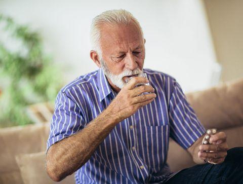 Seniors et médicaments: les précautions