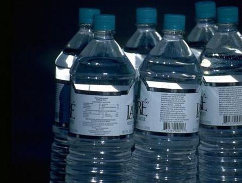 Décrypter les étiquettes des bouteilles d'eau