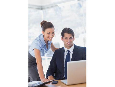 Travailler en couple : comment concilier boulot et vie perso