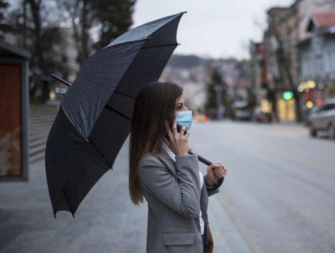 Masque et pluie