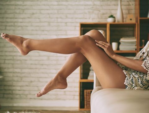Jambes lourdes : notre shopping-list pour soulager vos gambettes