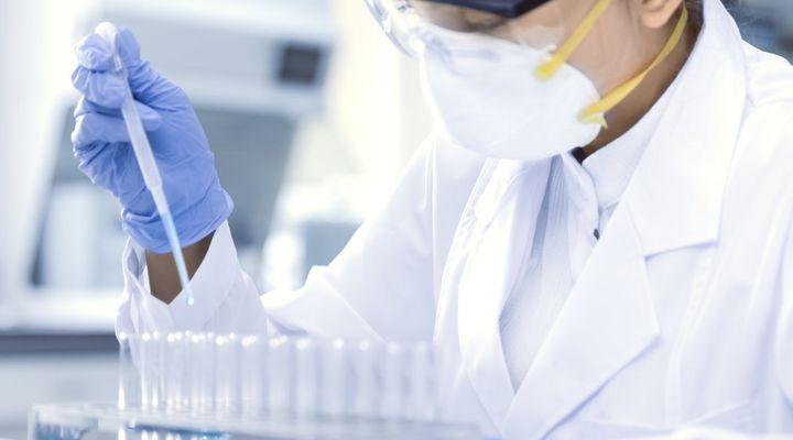 Covid-19 : les tests salivaires autorisés à être expérimentés