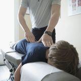 Ostéopathie : quelles indications chez l'enfant ?