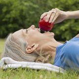 Mieux manger pour réduire le déclin cognitif