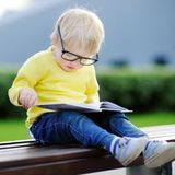 Bébé a-t-il besoin de lunettes ?