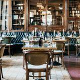 Covid-19 : en quoi consiste le plan de réouverture des restaurants et cafés ?