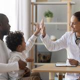 """Santé de l'enfant : comment réagir en cas de souci ? 5 questions au Dr Eve Balzamo, auteur du """"Guide de santé pour les enfants de 0 à 14 ans"""""""
