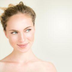 Maquillage nude : 40 beauty looks au naturel