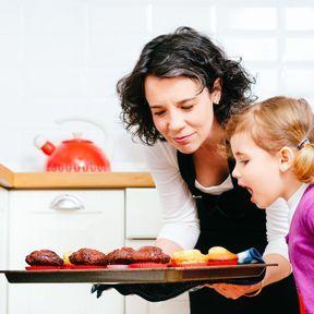 Prévoyez des ateliers sensoriels au quotidien