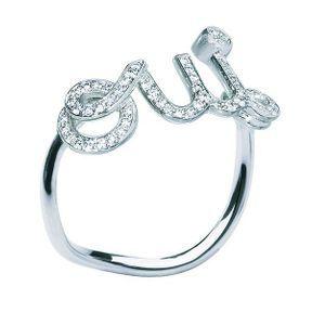 Bagues de fiançailles or blanc et diamants Dior