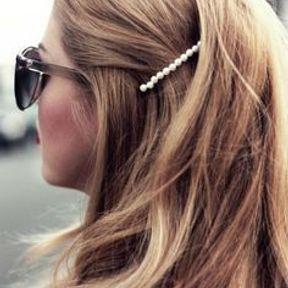 Barrette cheveux avec des perles