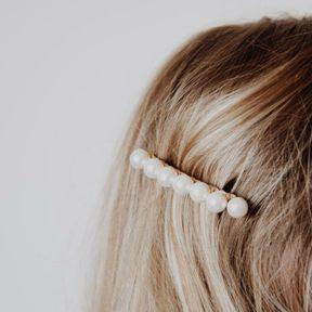 Barrette à cheveux discrète avec perles