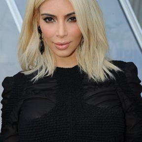 Blond platine Kim Kardashian