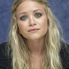 Couleur blonde platine Mary Kate Olsen