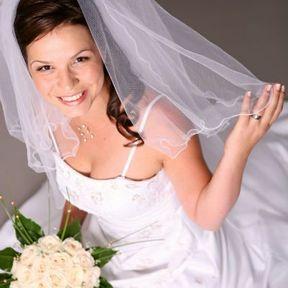Bouquet de mariée rond avec roses