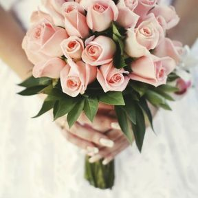 Bouquet de mariée roses