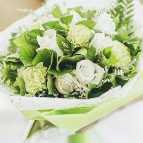 Bouquet mariée vert et blanc