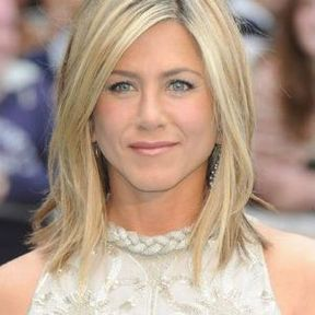 Jennifer Aniston et son carré plongeant dégradé