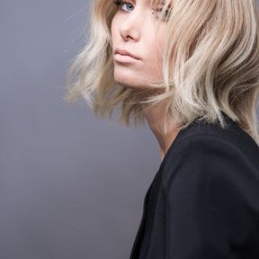 Carré plongeant blond printemps été 2016 Eric Zemmour Pour L'Oréal Professionnel