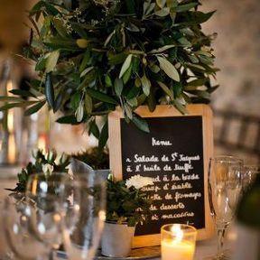 Centre de table de mariage avec un olivier