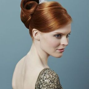 Coiffure cheveux attachés automne-hiver 2015 @ Lucie Saint-Clair