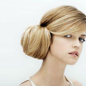 Modèle de coiffure cheveux attachés printemps été 2014 @ Franck Provost