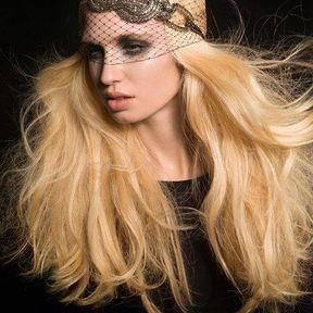 Modèles de coiffure cheveux attachés automne hiver 2014 © Claude Tarantino