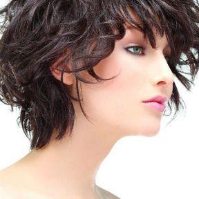 Cheveux bouclés 2019  les coiffures cheveux bouclés