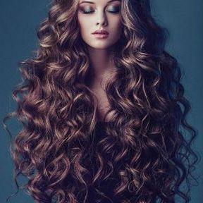 Coupe longs cheveux bouclés