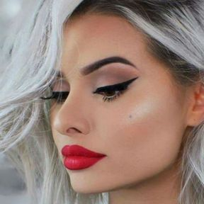 Cheveux gris glamour