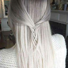 Cheveux gris lumineux