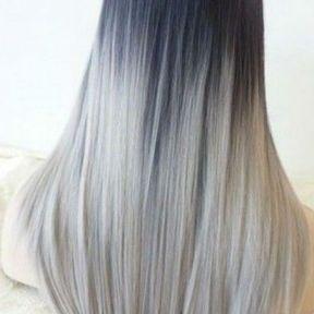 Longs cheveux gris coiffure