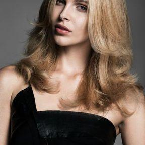 Cheveux ondulés par Sophie Baucais printemps été 2016 L'Oréal Professionnel