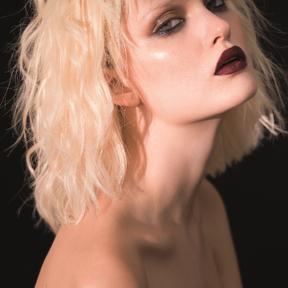Coiffure cheveux ondulés par Claude Tarantino printemps été 2016 L'Oréal Professionnel