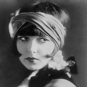 Coiffure années 20 de Louise Brooks